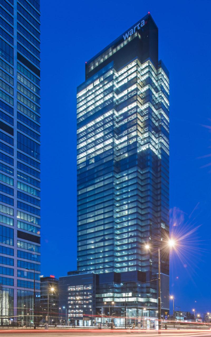 Warsaw UNIT budzi się do życia – największy najemca już w wieżowcu